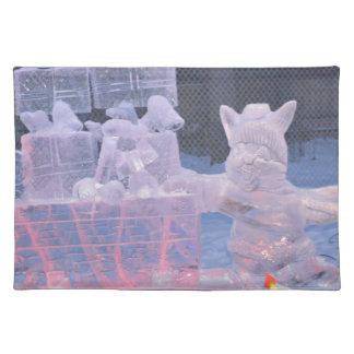 Eis-Skulptur-sportlicher Künstler, der arktische Tischset