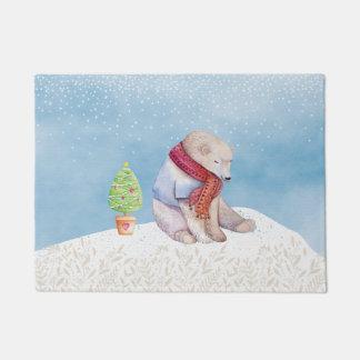 Eisbär-und Weihnachtsbaum im Schnee Türmatte