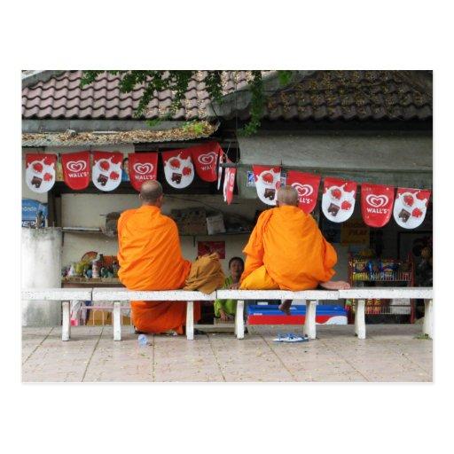 Eiscreme-Bruch-… buddhistische Mönche Thailand Postkarte