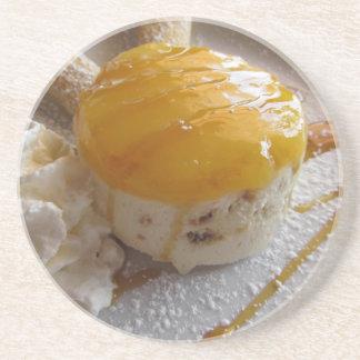 Eiscremekuchen der Aprikose Stau bedeckter Sandstein Untersetzer