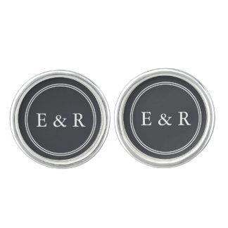 Eisen-Grill-Grau mit weißen Grenzen und Text Manschettenknöpfe