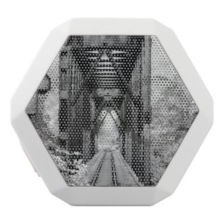 Eisenbahnbrücke Weiße Bluetooth Lautsprecher