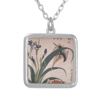 Eisvogel, Gartennelke, Iris durch Katsushika Versilberte Kette