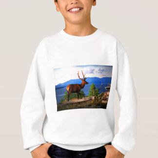 Elche durch Yellowstone See Sweatshirt