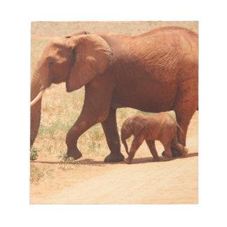 Elefant-Mama und CUB Notizblock