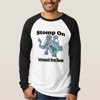 Elefant stampfen auf Posttraumatic Druck-Störung T-Shirt