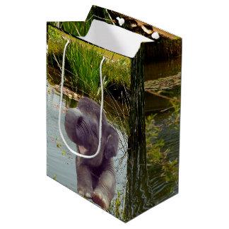 Elefant und Wasser Mittlere Geschenktüte