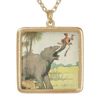 Elefant und Wilderer im Dschungel Vergoldete Kette