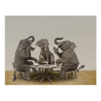 Elefanten, die Tee-Party haben Postkarte