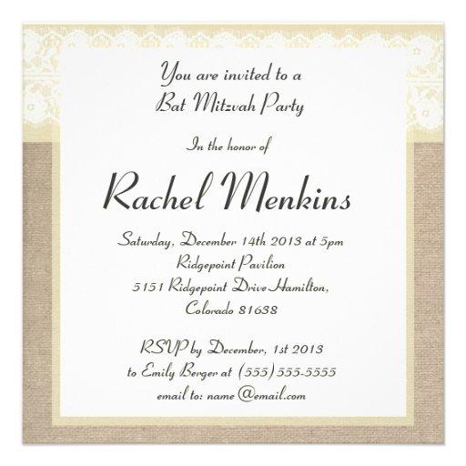 Elegante beige Leinwand-Spitze-Schläger Mitzvah Individuelle Einladungen