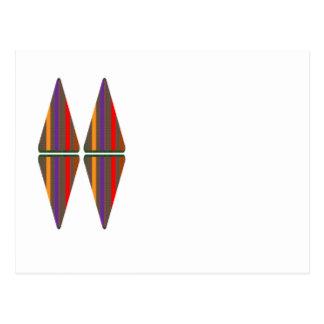 Elegante Pyramiden, die einen DIAMANTEN formen Postkarten