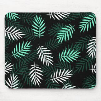 Elegante weiße und grüne Palmblätter | Mousepad