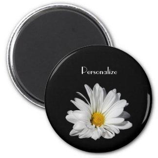 Elegante weißes Gänseblümchen-Blume mit Namen Runder Magnet 5,7 Cm