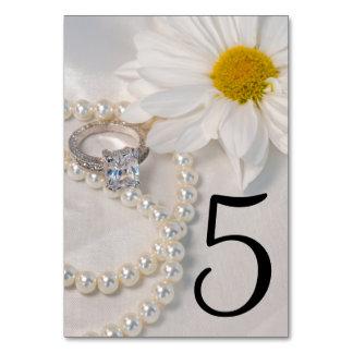 Elegante weißes Gänseblümchen-Wedding Tischnummern