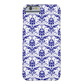 Eleganter blauer weißer Damast-Muster iPhone 6 Barely There iPhone 6 Hülle