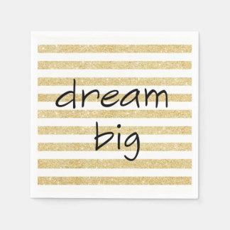 eleganter großer Traumtext auf einem Gold und Papierserviette