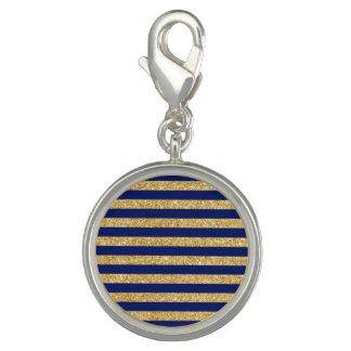 Eleganter Imitat-GoldGlitter und blauer Charm