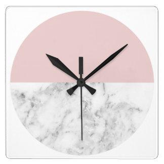 eleganter klarer rosa und geometrischer quadratische wanduhr