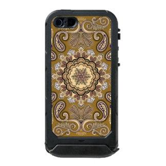 Elegantes beige Paisley-Muster Incipio ATLAS ID™ iPhone 5 Hülle