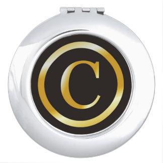 Elegantes Gold der Initialen-C mit Monogramm Schminkspiegel