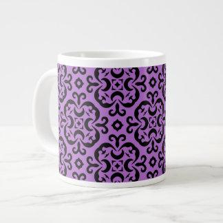 Elegantes goth Damastschwarzes und lila Jumbo-Mug