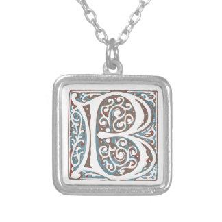 Elegantes mittelalterliches antikes Monogramm des Halskette Mit Quadratischem Anhänger