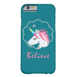 elegantes niedliches glauben an Unicorns emoji Barely There iPhone 6 Hülle