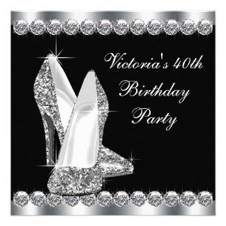 Elegantes schwarzes der Geburtstags-Party der Frau