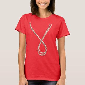 Elegantes Seil der Perlen: Spaß-Fake-Kostüm T-Shirt