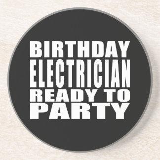 Elektriker: Geburtstags-Elektriker bereit zum Getränkeuntersetzer