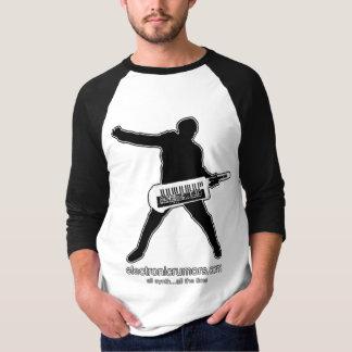 Elektronische Gerüchte: Keytar Axt-Man, alles T-Shirt