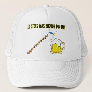 Elf Schritte waren genügend Alkoholiker Truckerkappe