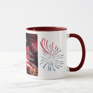 Elko 4. von Juli-amerikanischer Flagge Tasse