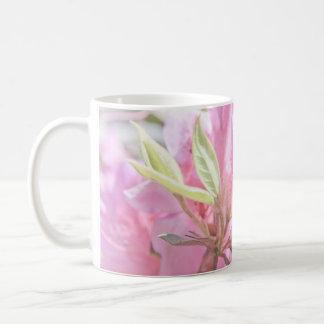 Empfindliche rosa Blumen Kaffeetasse