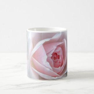 Empfindliche Rose Kaffeetasse