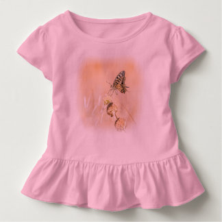 Empfindliche Schönheit des Frackschmetterlinges Kleinkind T-shirt