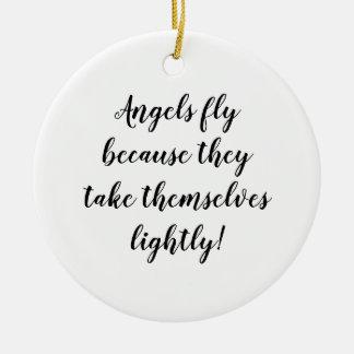 Engel fliegen, weil sie sich leicht nehmen! keramik ornament