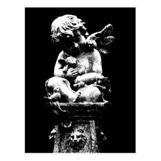 Engel mit einem defekten Flügel Postkarte