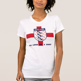 ENGLAND-SEElöwen AUF EINEM SHIRT-T-SHIRT T-Shirt