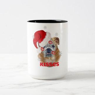 Englische Bulldoggen-Küsse für WeihnachtsTassen Zweifarbige Tasse
