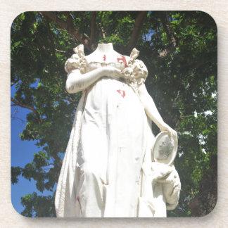 Enthauptete Statue in Martinique Untersetzer
