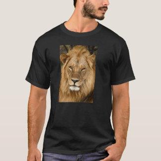 Entspannter König des Dschungels T-Shirt