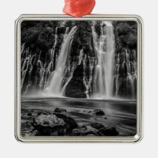 Entsprungen einem Leck Silbernes Ornament