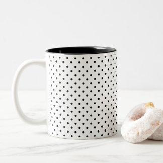 Entwerfen Sie Ihren eigenen kleinen schwarzen Zweifarbige Tasse