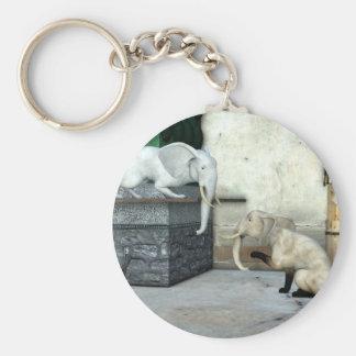 Entzückende Elefant-Katzen Schlüsselanhänger