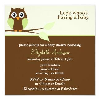 Entzückende grüne Eulen-Babyparty Quadratische 13,3 Cm Einladungskarte