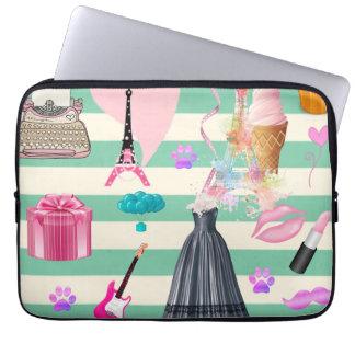 Entzückende Mode, Paris, Herz-Muster Laptop Sleeve