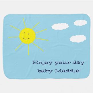 Entzückender glücklicher smiley-sonniger Tag Babydecke