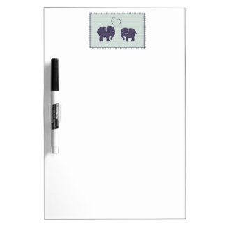 Entzückender netter niedlicher Elefant in der Trockenlöschtafel