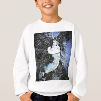 Entzückendes künstlerisches Sheltie im festlichen Sweatshirt